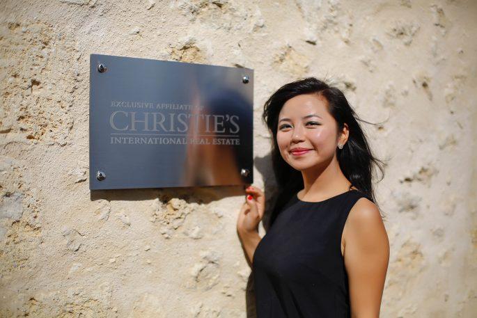 Maxwell-Baynes Bordeaux real estate agents Li Lijuan